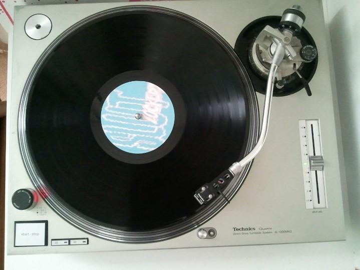 SL vinyl